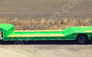Low Bed Semi-Trailer